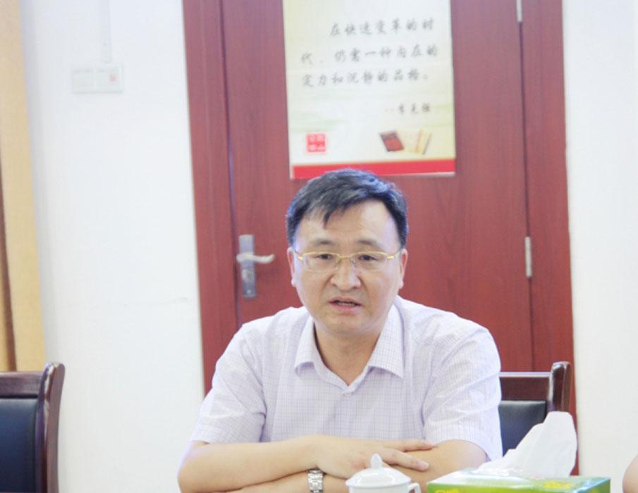 市社主任杨祥生来银山调研